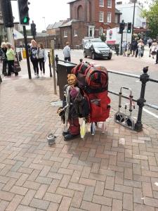 poole-street-performer