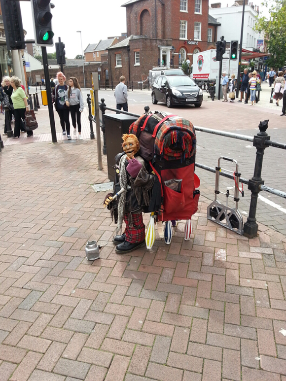 Jolly-Rotten-Poole-Town-Centre-Busking